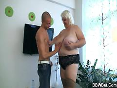 Horny guy fucks a BBW hooker..