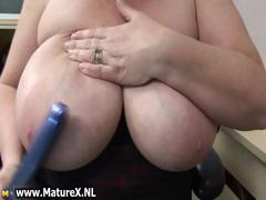 BBW mature housewife..