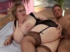 BBW babe keeps on her black..