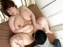 Plump Japanese woman has a..